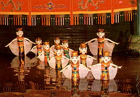 water puppetry travel northern vietnam 2