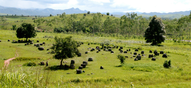 Tourist Attractions in Laos plain of jars