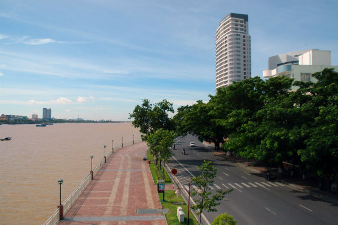Bach Dang Road in da nang