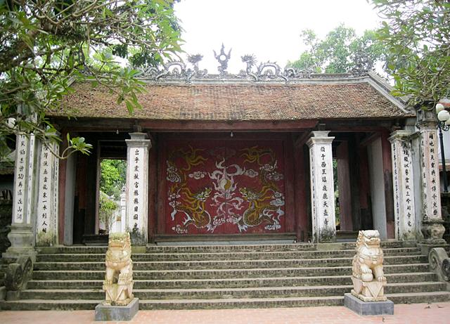 phung hung templet