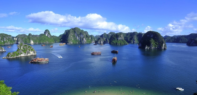 halong_bay_overview