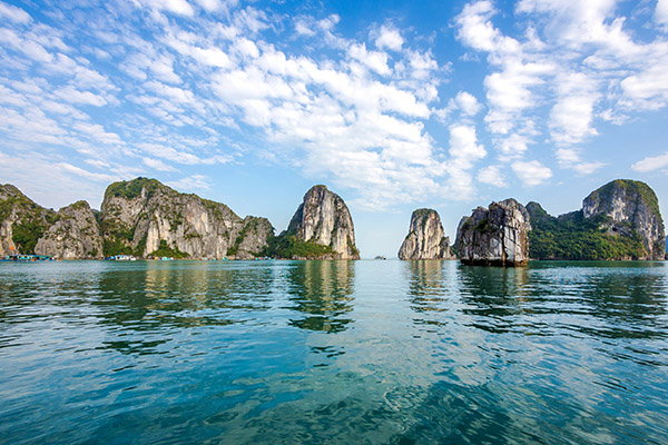 halong bay travel sense asia (1)