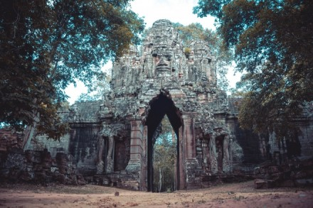 angkor off the beaten track temples