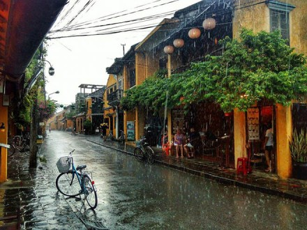 Vietnam rainy seasons in Hoian